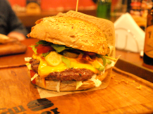 House Burger (photo by PH)