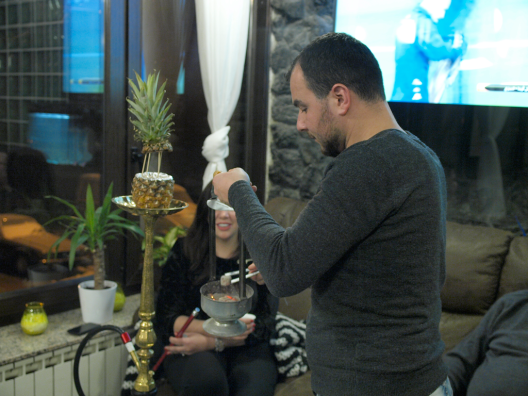 Habibi - priprema shishe (photo by SZ)