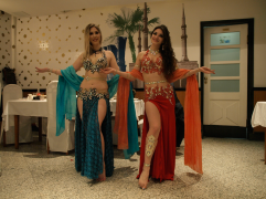 Habibi - trbusne plesačice (photo by SZ)