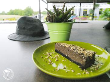 Bistro Alegria, ferrero torta (photo by SZ)