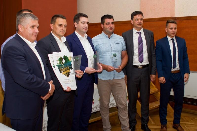 Dragan Kovačević s predstavnicima vinarije Kutjevo d.d.