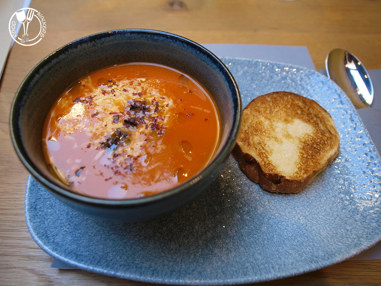 Haustor Haus, tomato soup